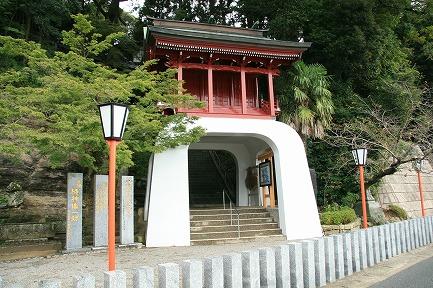 伊萬里神社楼門