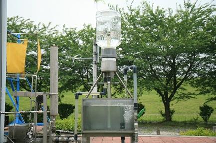 無動力自動噴水器