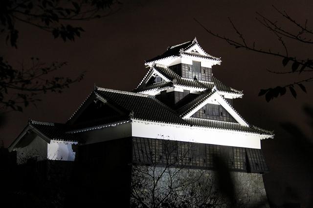 ライトアップされた熊本城-4