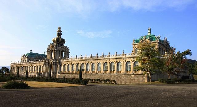 ツヴィンガー宮殿-2