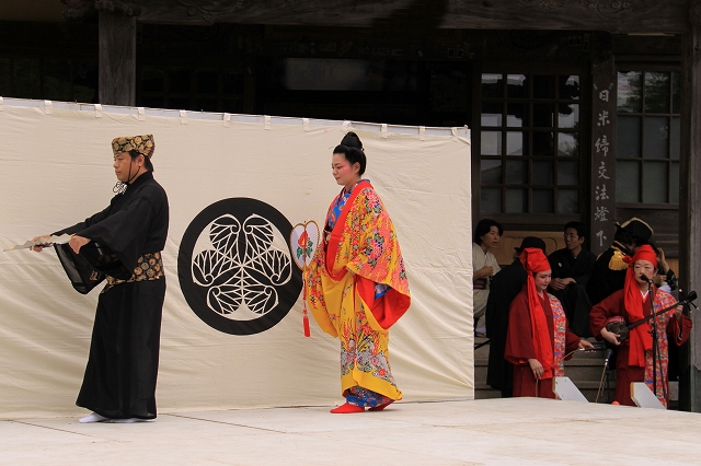 沖縄舞踊-1