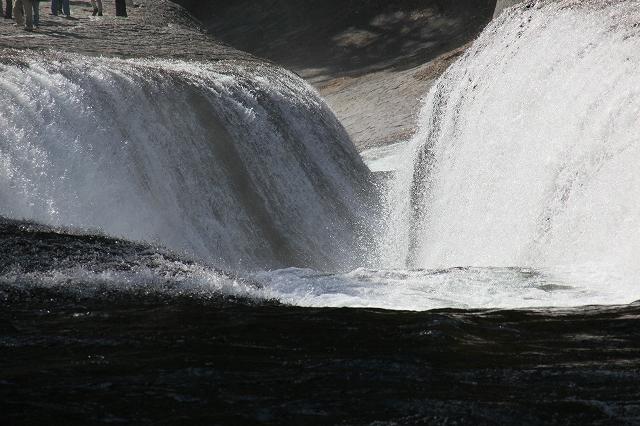 吹割の滝-4