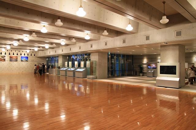 参議院ホール-1