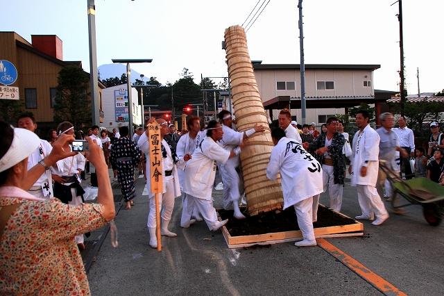吉田の火祭り-5
