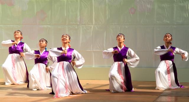 韓国舞踊-1