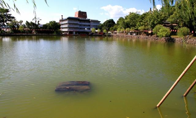 猿沢池-2