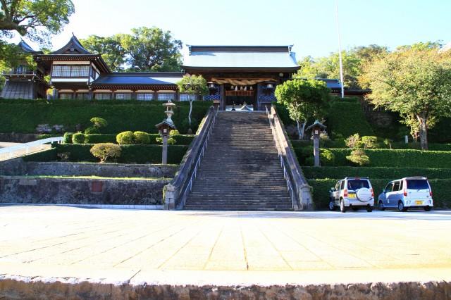 諏訪神社・踊馬場