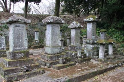 加福家墓地-2