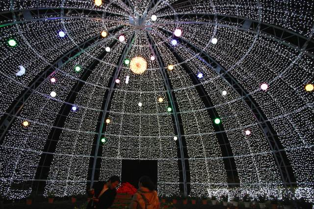 光のドーム-2
