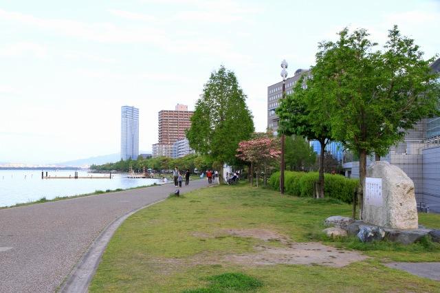 びわ湖湖畔-3