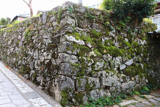 穴太衆積みの石垣-3