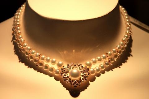 真珠のネックレス-1