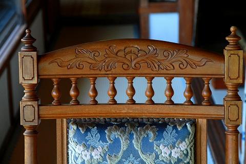 椅子の細工