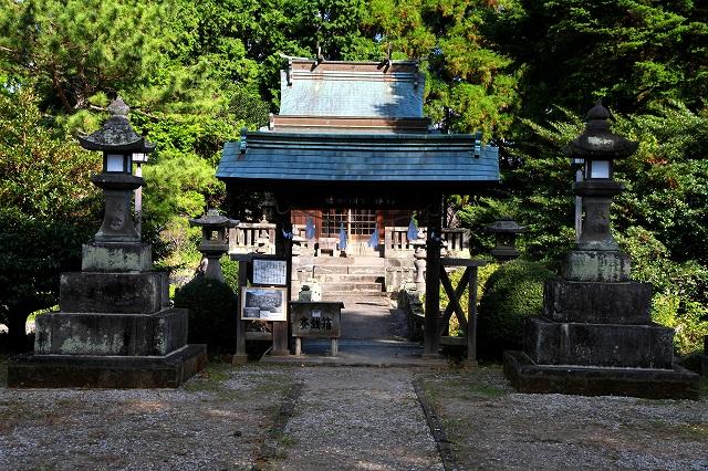 臼杵護国神社