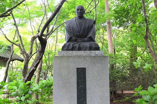 石田三成公像-1