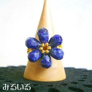 かすかに香ってきた、ニオイバンマツリの咲き始めの花の色のような|手作りアクセサリー工房みるいる