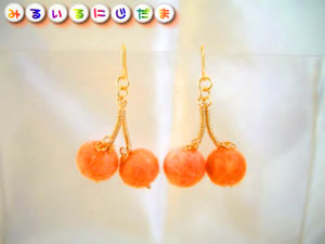 オレンジ色のさくらんぼ♪♪冬にぴったりピアス(イヤリング)|手作りアクセサリー工房みるいる