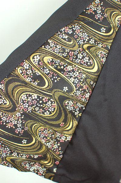 黒と桜柄マーメイドスカート