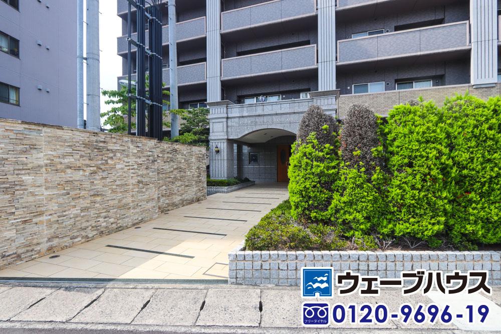 フローレンス野田グランドアーク弐番館の入り口