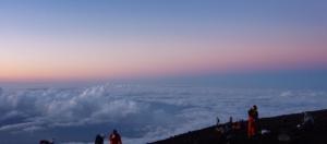 20100825 富士山頂 地球の影