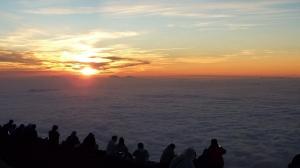 20100825 富士山頂ご来光と雲海