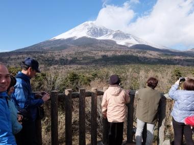 富士山 下山ツアー 冬の富士山 しらす 八幡 富士市 ミエルラ 遊びたい券 西川卯一 東海道表富士 ルート3776 宝永山