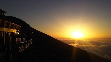 富士山 下山ガイド 村山 古道 高鉢 西臼塚 倒木帯 ルート3776 ガイド 西川卯一