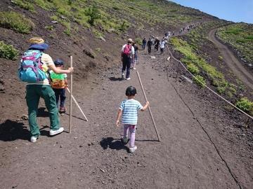 富士山専門 東海道表富士 西川卯一 富士山下山ツアー 村山 古道
