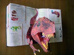 恐竜の飛び出す絵本