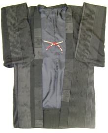 撫松庵の黒の羽織