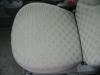 車のシートの座面の洗浄・クリーニング