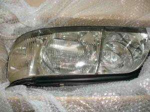 ヘッドライトの黄ばみの除去
