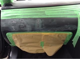 ダッシュボードのひび割れ補修