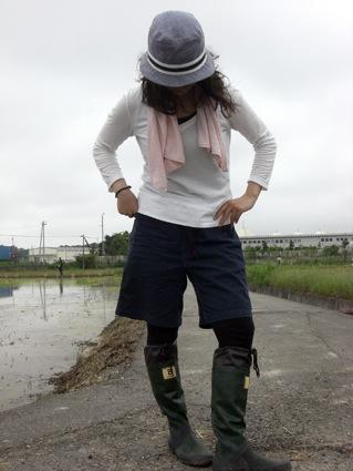 オシャレ田植えガール