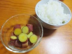 サツマイモの甘煮、ご飯