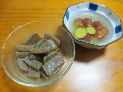 コンニャク炒め、サツマイモの甘煮