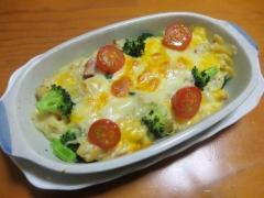 野菜とマカロニのグラタン