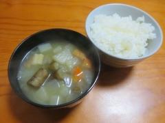 根菜スープ、ご飯