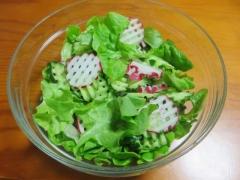 フラメンコレタスのサラダ