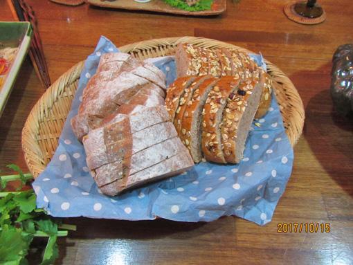 当園産小麦のパン