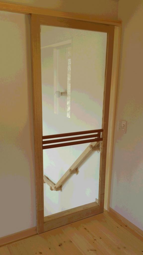 室内用建具 引き戸 ガラス 横格子