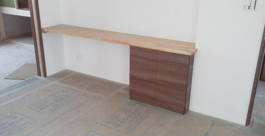 造作家具 収納付きテーブル 株式会社山下建具店