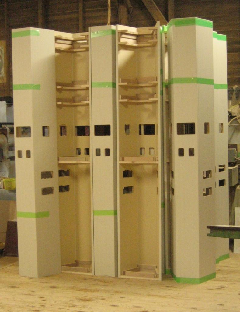 造作用の中空の柱 造作特注建具・家具 株式会社山下建具店