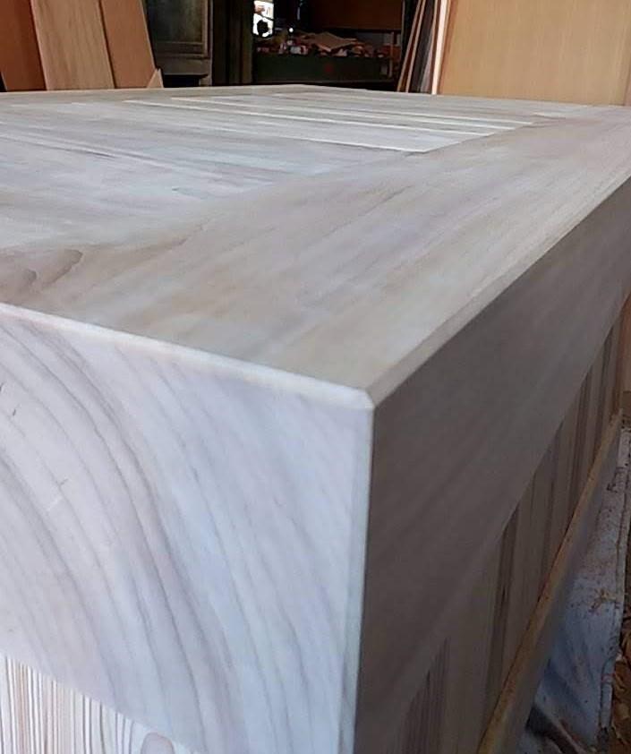 炉縁つきテーブル 面取り 45度 株式会社山下建具店
