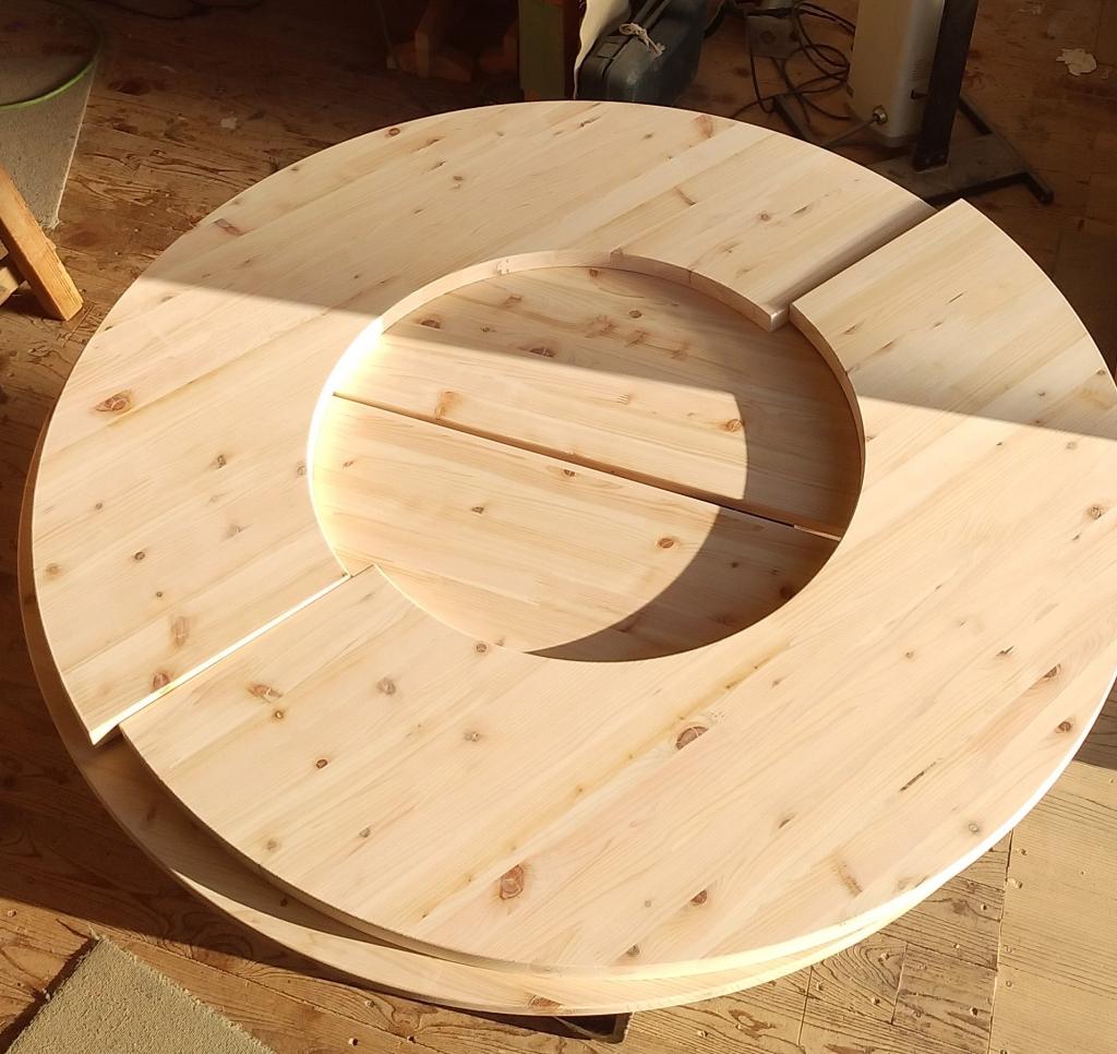 家具 木製テーブル 天板 ドーナツ形 NC加工 株式会社山下建具店
