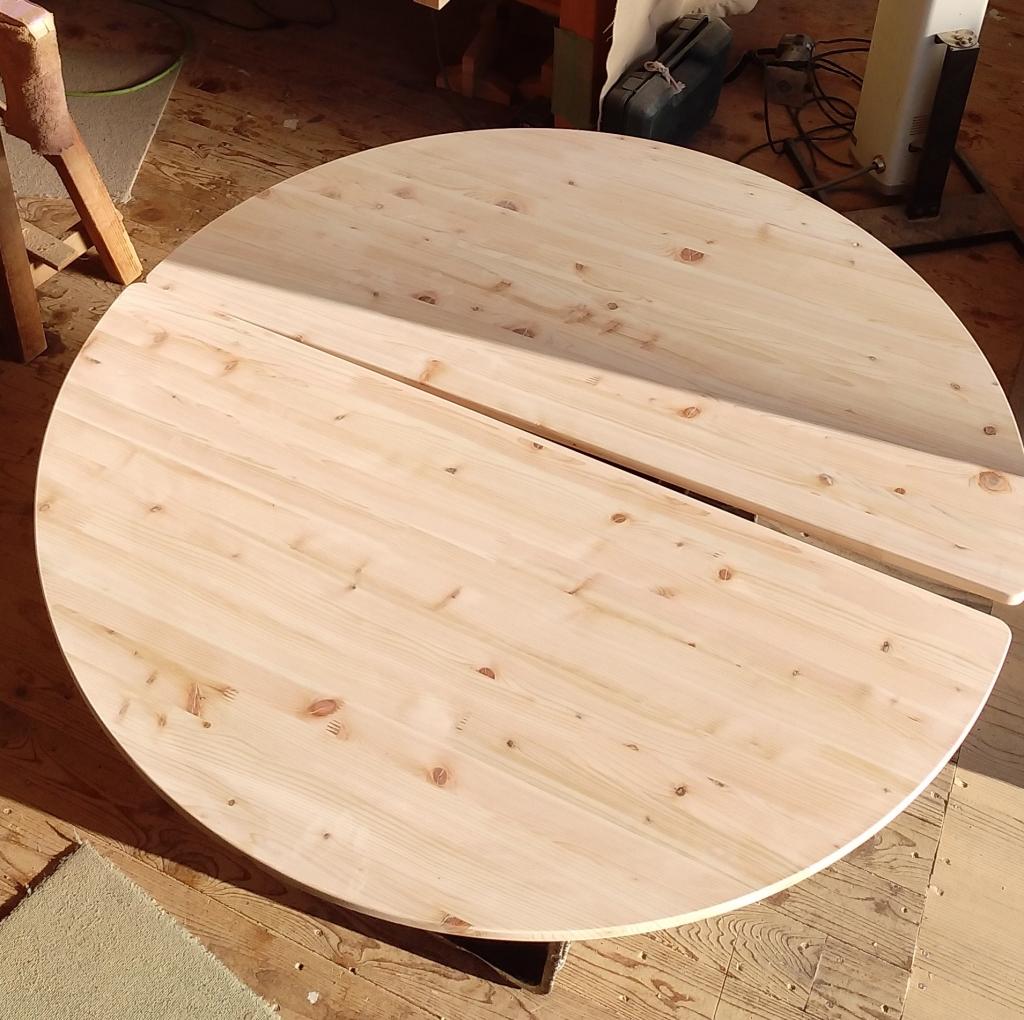 家具 木製テーブル 天板 ラウンド 円形 NC加工 株式会社山下建具店
