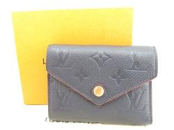 ルイヴィトン 画像 三つ折り財布 モノグラムアンプラント ポルトフォイユ・ヴィクトリーヌ マリーヌルージュ