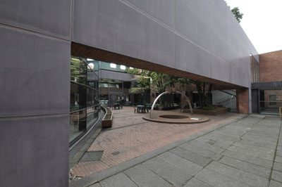 金沢市立玉川図書館-谷口建築