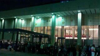 NHKホール前の行列