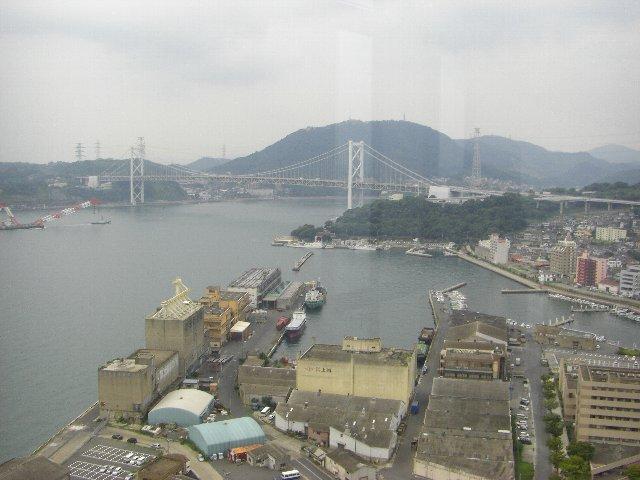 レトロ展望室から見た関門橋